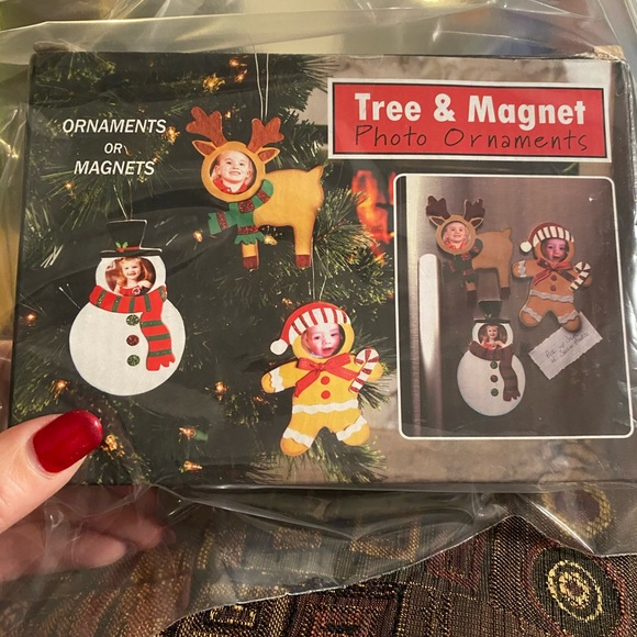 Christmas craft ornament magnet set new